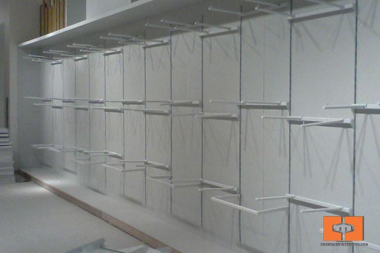Accesorios metalicos Muebles y Montajes 2008