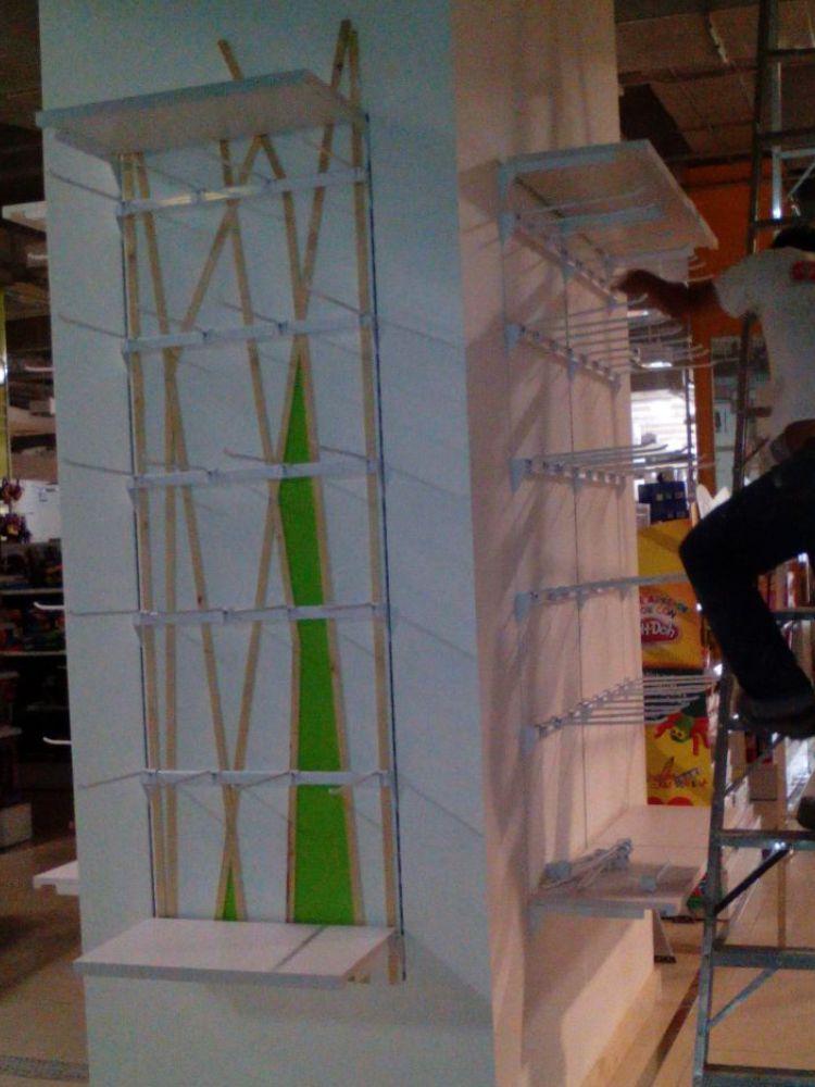 Pilares Muebles y Montajes Vertical 2016